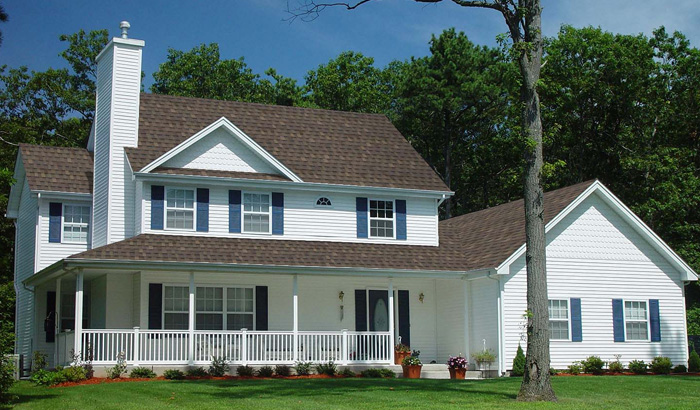A-House-With-Brown-Ultra-HD-Shingles